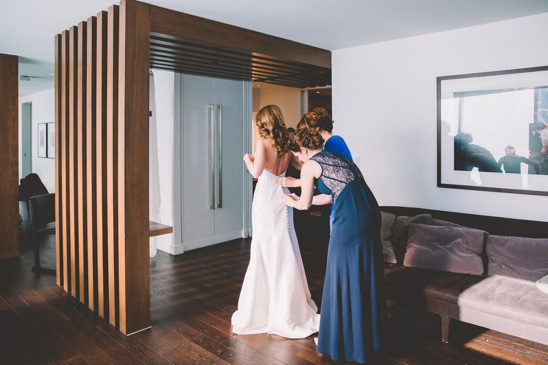 Bride Getting Ready | Thompson Hotel Wedding, Toronto | EIGHTYFIFTH STREET PHOTOGRAPHY
