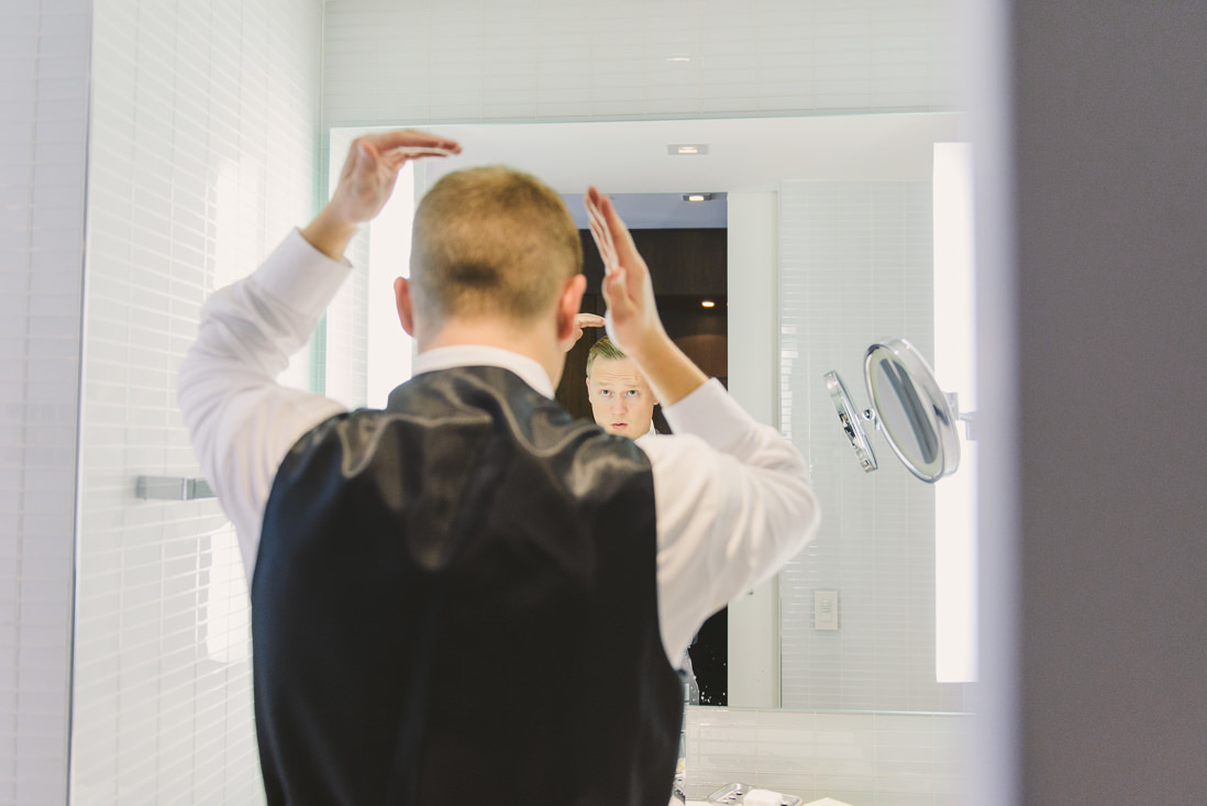 Groom Getting Ready | Thompson Hotel Wedding, Toronto | EIGHTYFIFTH STREET PHOTOGRAPHY