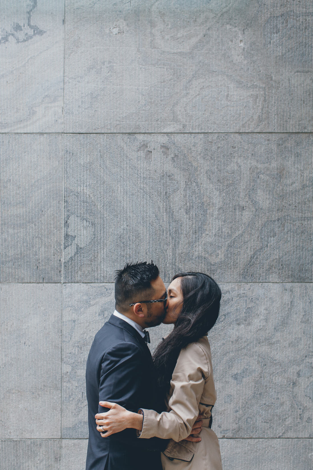 Bride & Groom kissing | Nathan Phillips Square | Toronto City Hall Wedding | EIGHTYFIFTH STREET PHOTOGRAPHY