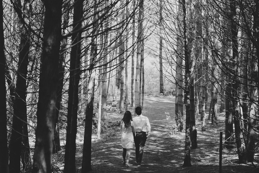 black & white photo of couple in the woods | kortright conservation engagement photos | engagement photo locations in vaughan | eightyfifth street photography
