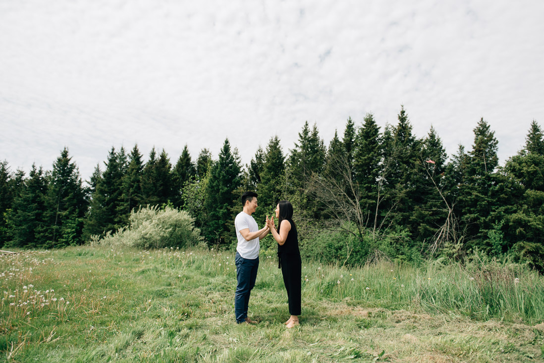 kortright conservation engagement photos | engagement photo locations in woodbridge | eightyfifth street photography