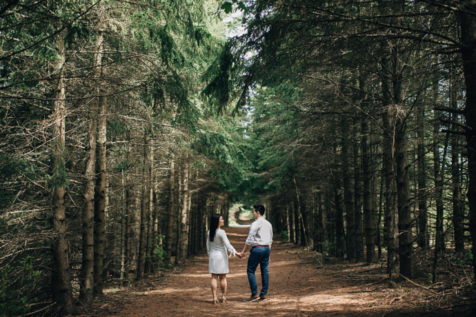 kortright conservation engagement photos | engagement photo locations in vaughan | eightyfifth street photography