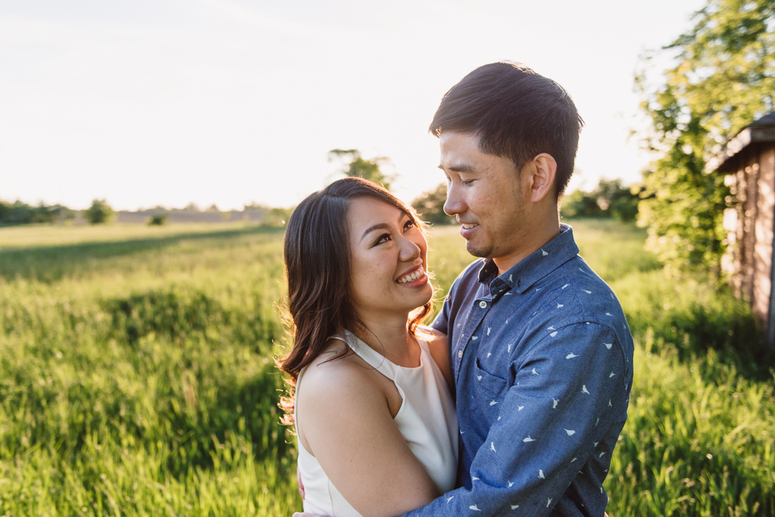 Couple at golden hour| Scotsdale Farm Engagement, Georgetown | EightyFifth Street Photography
